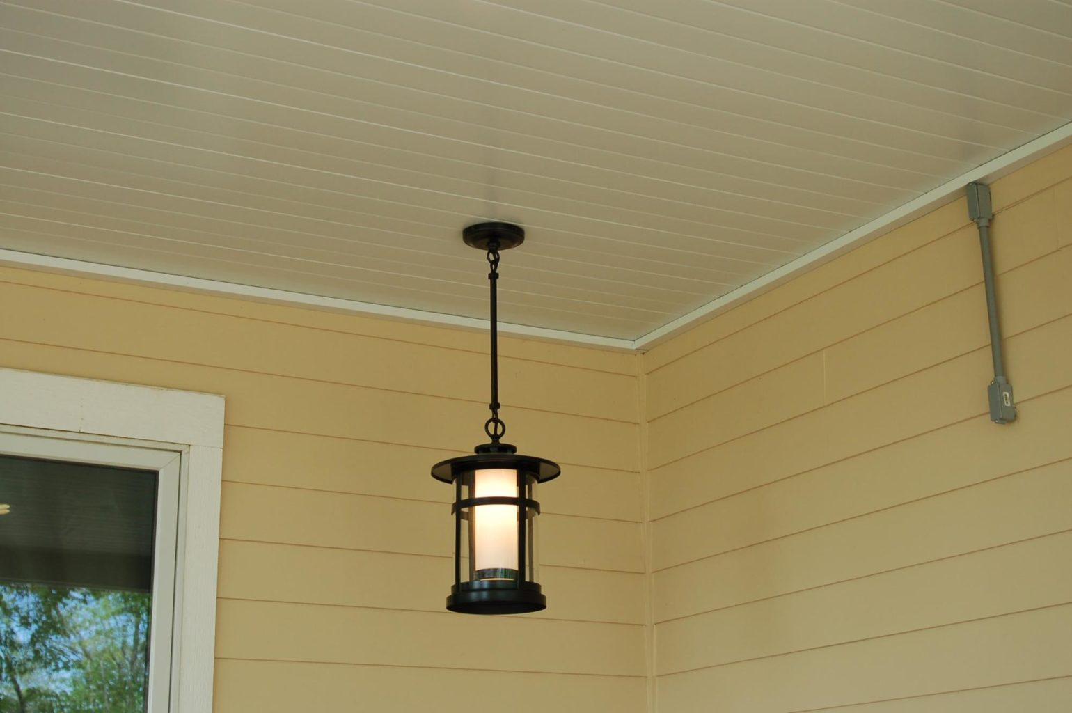 Custom hanging light on finished Comfort Zone deck
