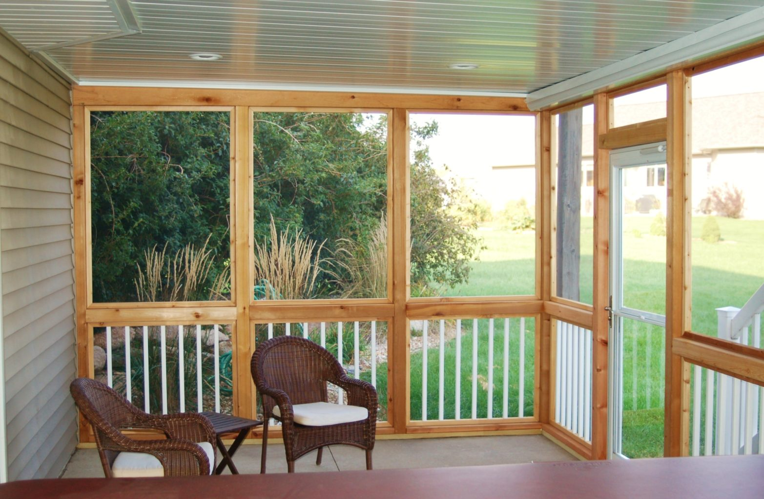 Screened Porch with chairs